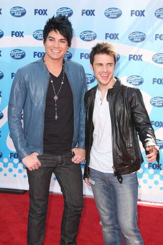 File:Kris+Allen+American+Idol+Season+8+Finale+Arrivals+U1L8h7QO4HTx.jpg