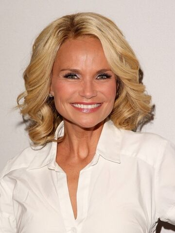 File:Kristin-chenoweth-on-american-idol-500x666.jpg