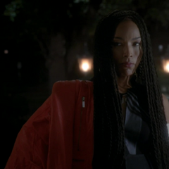 Marie Laveau looking to form an alliance with Fiona.