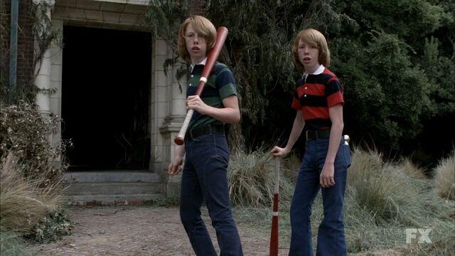 File:The twins.jpg