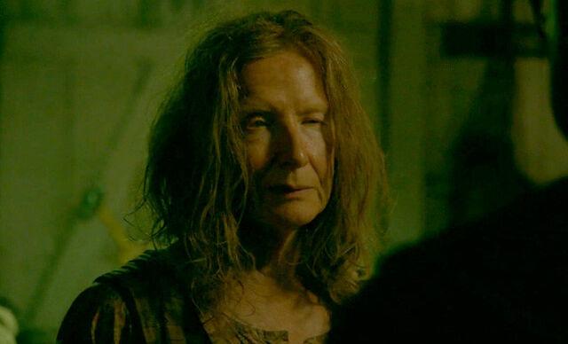 File:Frances Conroy as Mama Polk 02.jpg