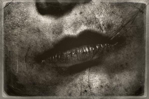 File:Invitation-to-FX-s-AMERICAN-HORROR-STORY-Housewarming-american-horror-story-25381434-595-396.jpg