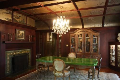 File:1120-Westchester-Place-dining-room-2.jpg