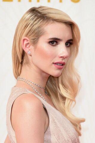 File:Emmy-awards-2015-hair-makeup-emma-roberts-w540.jpg