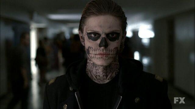 File:Tate (Skeleton).jpg
