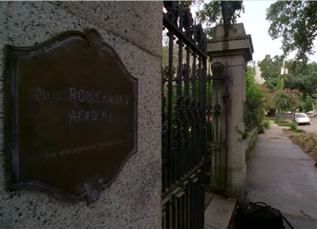 File:Front Gate Plaque.png