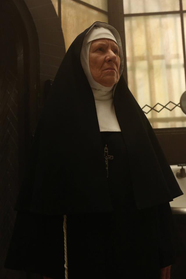 Ahs asylum sister jude amp the devil1489946367 - 5 9