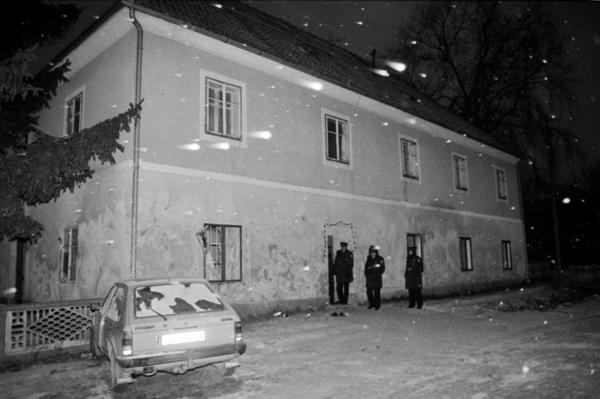 File:Vinko Palic rectory.jpg