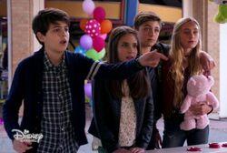 Cyrus, Iris, Jonah, Amber Double Date