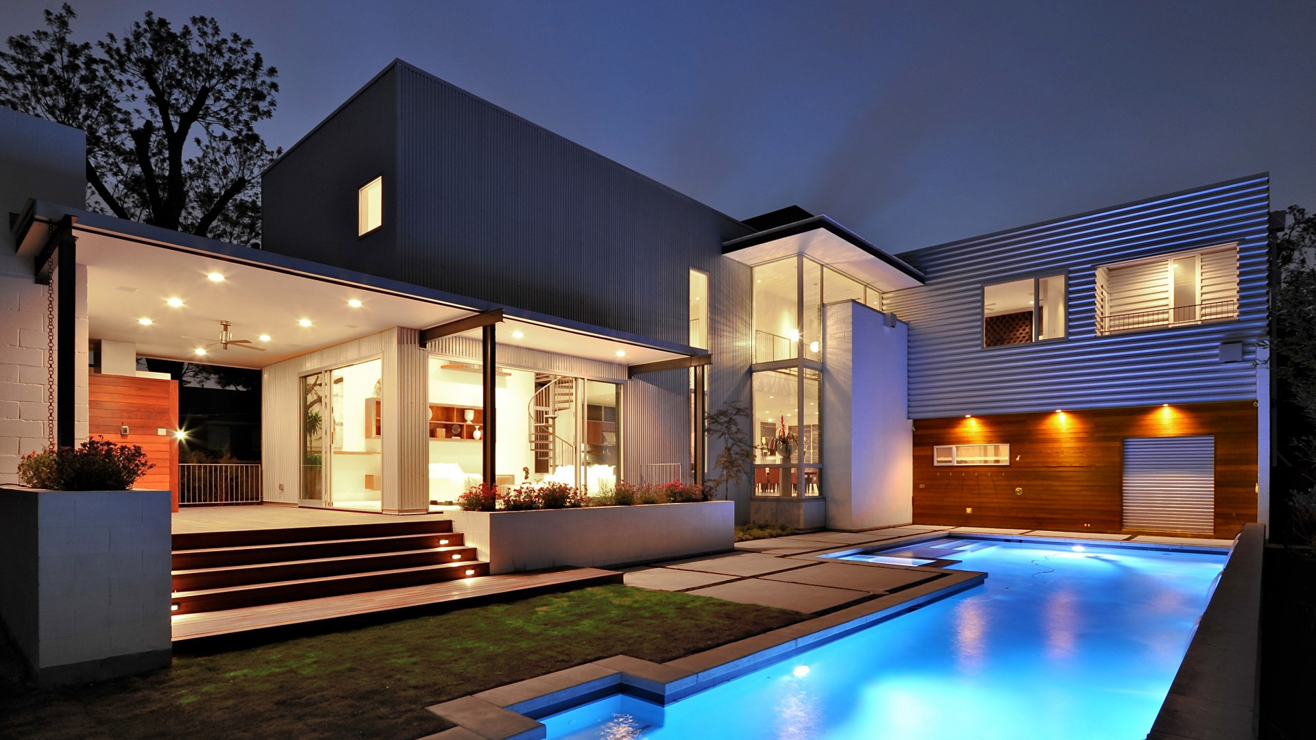 Chic rich houses with pool jpg
