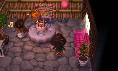 File:Tabby's birthday party NL.jpg