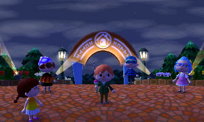 File:Happy Home Showcase Plaza With Four New Streetpasses.JPG