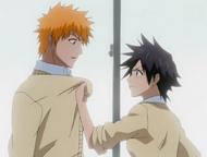 Tatsuki confronts Ichigo