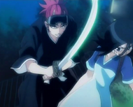 Renji Attacks Gigai Rukia