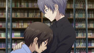 Shunsuke holds Yu (Charlotte Ep 10)