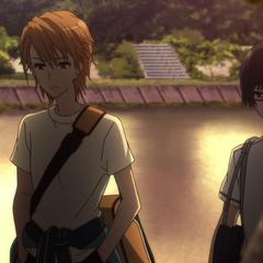 Naoya and Tomohiko head home after school.