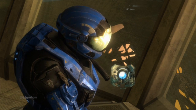File:PAL-9001 looking up to Cortana.png
