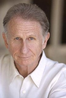 rene auberjonois father mulcahy