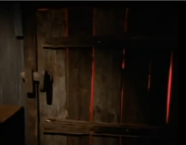 File:6darkmusicdoorgettingred.png