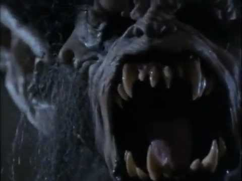 File:Wolfwithmouthwideopenyikes.jpg