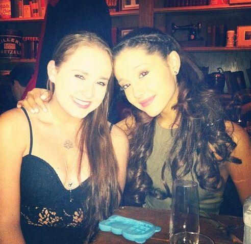 File:Ariana and Alexa Luria.jpg