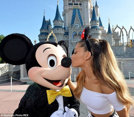 File:Ariana kissing mickey mouse.jpg