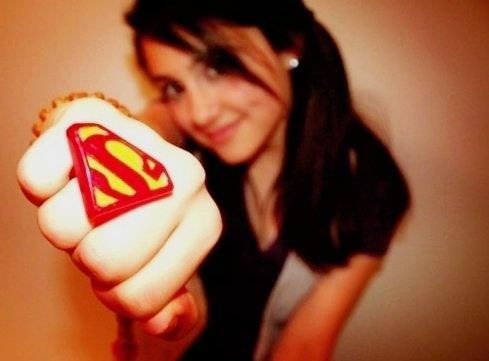 File:Ariana showing off her superman ring.jpg