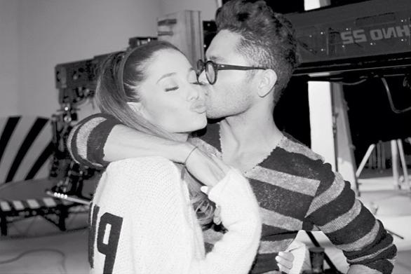 File:Ariana&IsaacMay2014.png