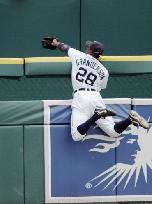 File:Curtis Granderson Catch.jpg