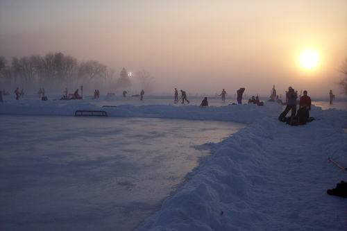 File:MPond Hockey Winter Morning2.png