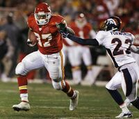 BRONCOS CHIEFS FOOTBALL MOO9 t600