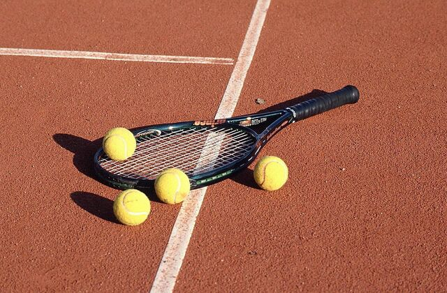 File:Tennis Racket and Balls.jpg