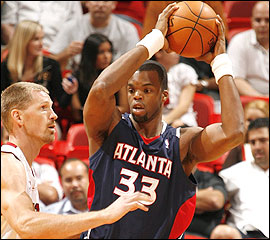 File:Player profile Sheldon Williams.jpg