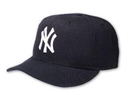 File:Baseball caps yankees.jpg