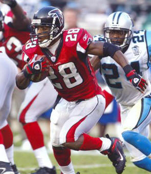 File:Warrick-Dunn--C10213972.jpg