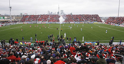 File:1187400962 Toronto-fc-bmo-field.jpg