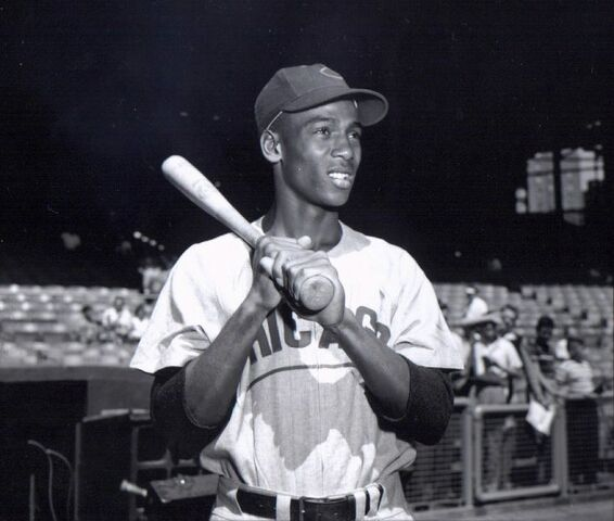 File:1190126448 ErnieBanks.jpg
