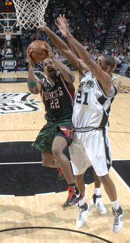 File:Mike redd drives in against the spurs.jpg