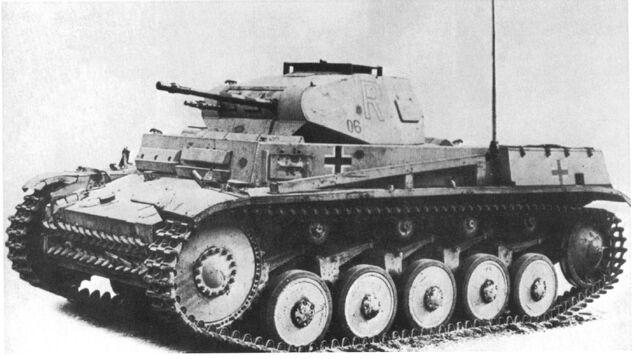 File:Panzerkampfwagen II Ausf. C & F DAK.jpg