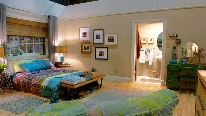 2013 Home Beautiful - Rebel Alley's Bedroom 02