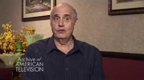 "Jeffrey Tambor discusses playing Oscar Bluth on ""Arrested Development""- EMMYTVLEGENDS"