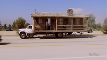 3x01 The Cabin Show (76)