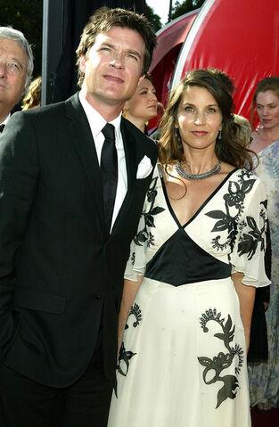 File:2004 Primetime Emmy Awards - Jason and Amanda 01.jpg