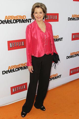 File:2013 Netflix S4 Premiere - Jessica Walter 2.jpg