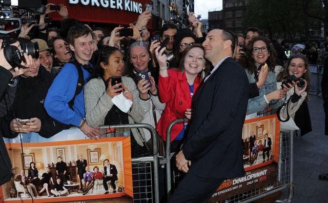 File:2013 Netflix Premiere London - Tony with Fans 01.jpg