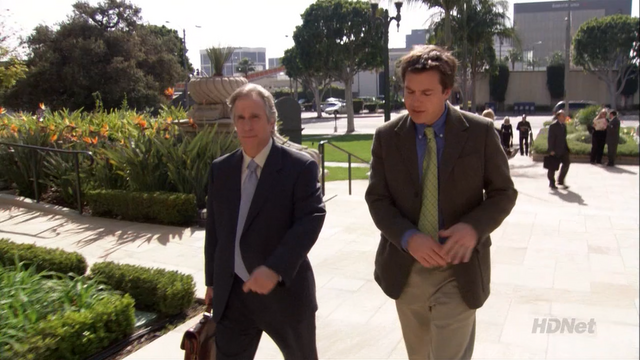 File:2x18 Righteous Brothers (59).png