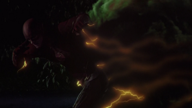 File:The Flash runs from The Mist.png