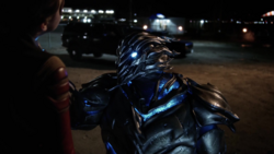 Savitar choking Jesse Quick