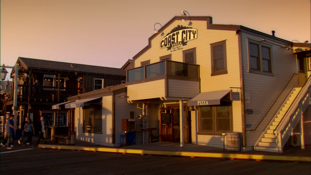 File:Coast City Pizza.png