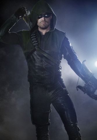 Archivo:The Arrow season 3 updated costume.png